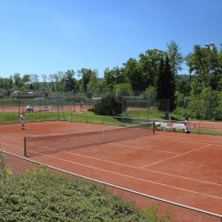 Center Court - by Orsi